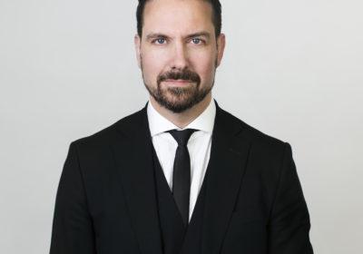 Advokat Bratlien kritisk til soningsregime